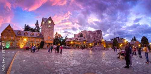 Photo  Civic Center (Centro Civico) and main square in downtown Bariloche at sunset - B