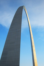 Gateway Arch - Tall Monument In Gateway National Park In St. Louis.