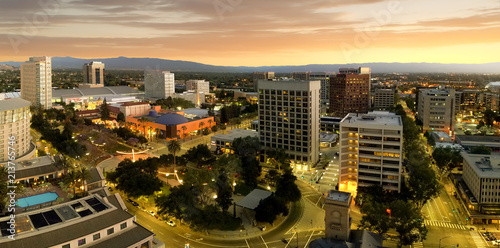 In de dag Verenigde Staten Panorama of San Jose California Downtown