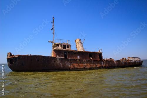Foto op Aluminium Schipbreuk Shipwreck