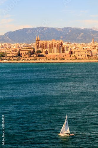 Foto op Aluminium Mediterraans Europa Gothic medieval cathedral of Palma de Mallorca, Spain