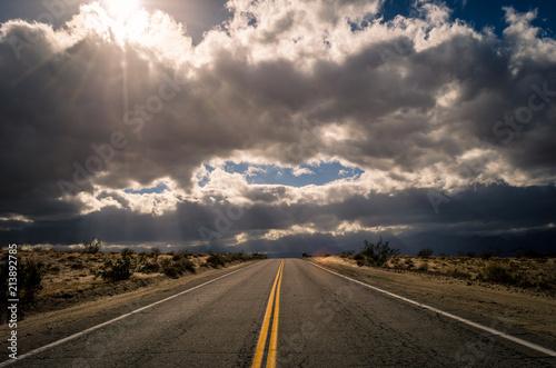 Papiers peints Route 66 Stormy road