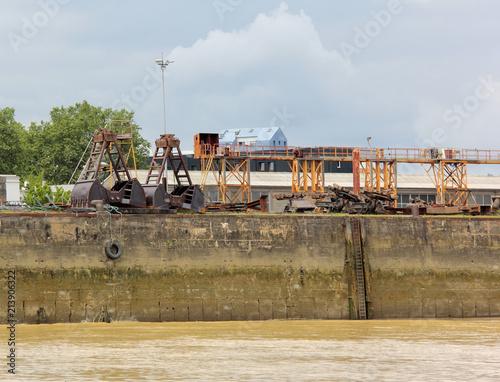 In de dag Poort Zone portuaire