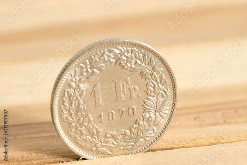 Münzen Schweizer Franken Chf Acheter Cette Photo Libre De Droit Et