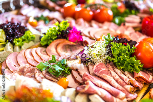 Fototapeta Wiejski stół - catering obraz