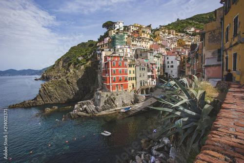 Foto op Aluminium Europa Riomaggiore city, rocky seashore. Cinca Terre. Italy