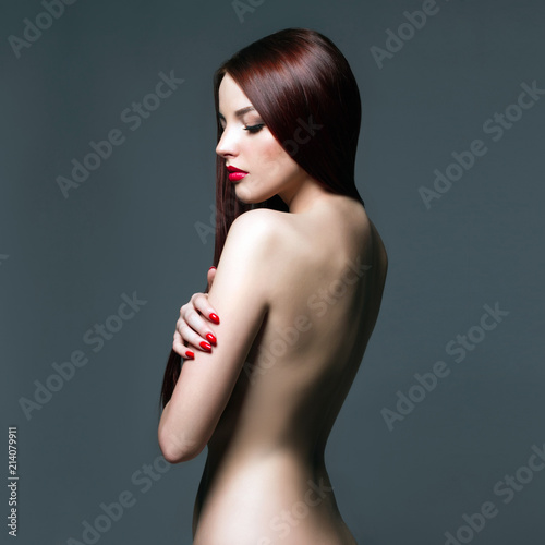 In de dag Akt sexy body Naked girl with Red Hair