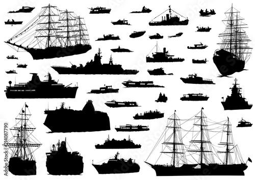 Cuadros en Lienzo Silhouette of retro ship on white background