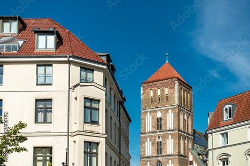 Photo Stands Blick auf die Östliche Altstadt von Rostock.