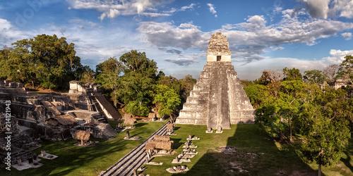 Fotografie, Obraz  Tikal, Mayan Ruins, Main Plaza, Temple I and North Acropolis, Guatemala