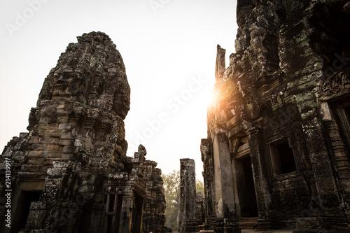 Deurstickers Bedehuis Bayon Angkor Wat Cambodia ancient temple