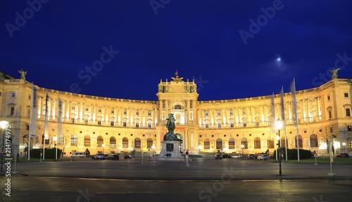 Zdjęcie XXL Hofburg Cesarski pałac przy nocą w Wiedeń, Austria