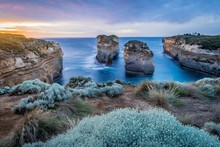 Island Archway View Of The Ocean In The Twelve Apostles