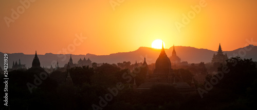 Fotografie, Tablou Pagoda silhouettes during a sunset in Bagan, Myanmar (Burma)