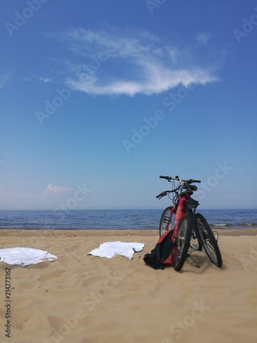 Foto op Plexiglas bicycle on the beach