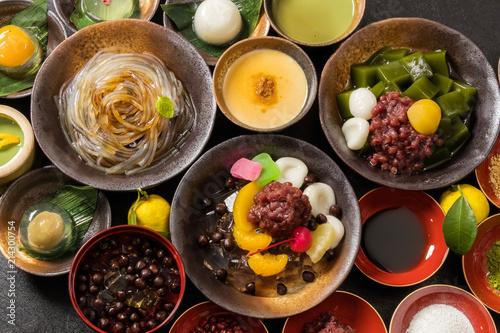 豆かん,あんみつ beans and cubes of agar Japanese sweets Tapéta, Fotótapéta