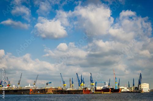 Fotobehang Stad aan het water Hafen Hamburg Trockendock