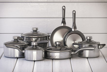 Set Of Stainless Pots And Pan ...