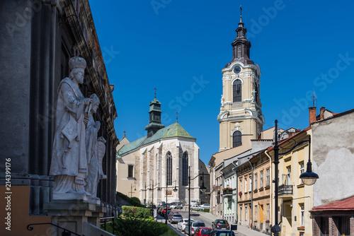 Przemyśl – Innenstadt mit Jesuitenkirche und Franziskanerkirche