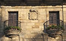 Casa De Los Villa, Fassade Mit Wappen, Santillana Del Mar, Cantabria; Kantabrien; Spanien;