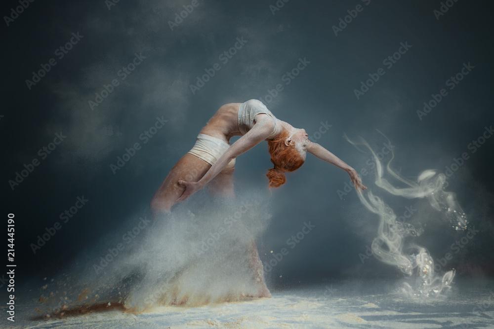 Fotografie, Obraz  Dancing in flour concept