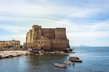 Castel Dell 'Ovo, Naples