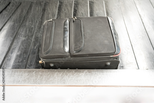 conveyor belt for suitcases
