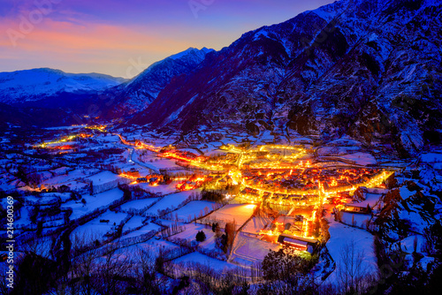 Foto op Plexiglas Donkerblauw Benasque village sunset in Huesca Pyrenees Spain