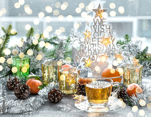 Papiers peints Pays d Afrique Christmas window decoration golden lights tea