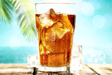 NaklejkaSummer drink of ice tea and palm