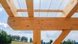 Balken auf Dach Deckenbalken mit Plexiglas Überdachung