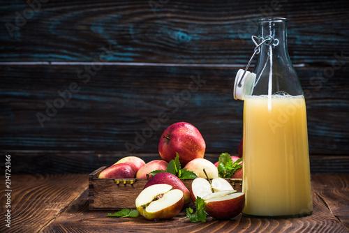Fototapeta Cloudy pressed apple juice obraz