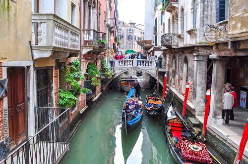 Spoed Foto op Canvas Gondolas Gondolas on Venice canals, Italy