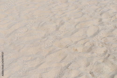 Foto auf Acrylglas Tropical strand beach sand in daylight close-up