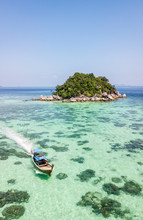Sunrise Beach Koh Lipe Island ...
