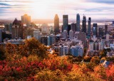 Fototapeta Nowy Jork - Montreal sunrise with colourful leaves
