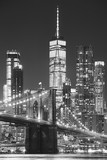 Fototapeta Nowy Jork - Brooklyn Bridge and Manhattan at night, New York City, USA..