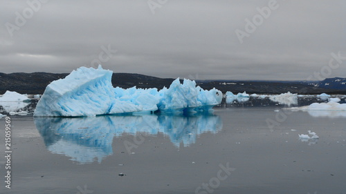 Deurstickers Poolcirkel Icebergs in Greenland