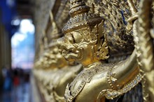 Garuda, Birdlike Mytholical Beings, Wat Phra Kaeo Tempel, Bangkok, Thailand, Asia