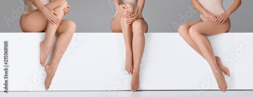 beautiful woman with slim legs Poster Mural XXL