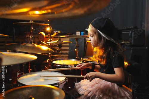 Obraz na płótnie boy plays drums in recording studio