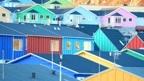 Fotobehang Poolcirkel Town in Greenland