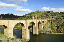 The Roman Bridge Of Alcantara (Trajan's Bridge) Is A Stone Arch Bridge Built Over The Tagus River At Alcantara In 106 AD By An Order Of The Roman Emperor Trajan. It Is Fully Operational Today. Extremadura, Spain