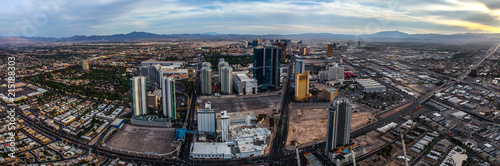 Foto op Plexiglas Las Vegas panoramic photo of the Las Vegas downtown during the day