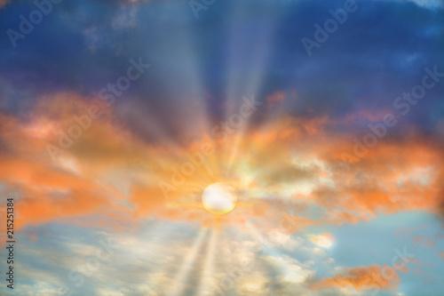 Fotobehang Zonsondergang Sunrise rays