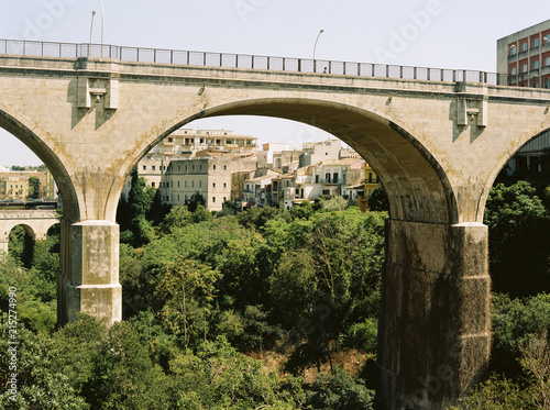 Keuken foto achterwand Bruggen Bridge over valley in Ragusa, Sicily