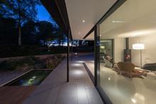 Exterior Of Glass Garden Room ...
