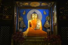 Beautiful Buddha Statues In M...