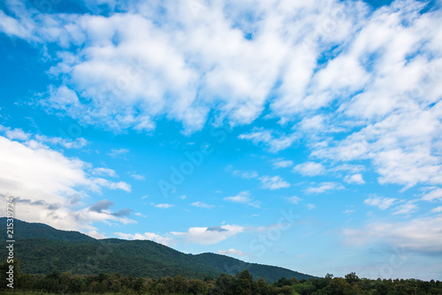 Foto op Aluminium Blauw blue sky and mountain in background.