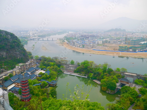 Foto op Plexiglas Guilin 桂林 山の上から